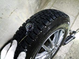 タイヤの出張パンク修理