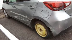出張タイヤ交換のデミオ