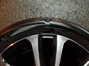 フロントタイヤの破損
