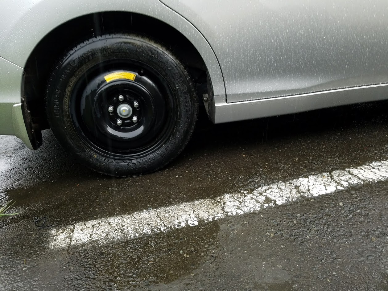 ステップワゴンのスペアタイヤ交換