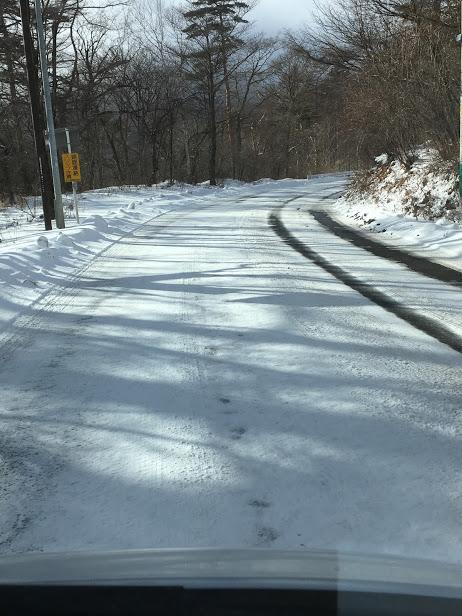 軽井沢の雪道