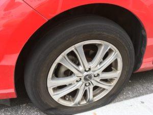 アクアのタイヤパンク