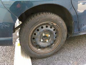 タンクのスタッドレスタイヤ交換
